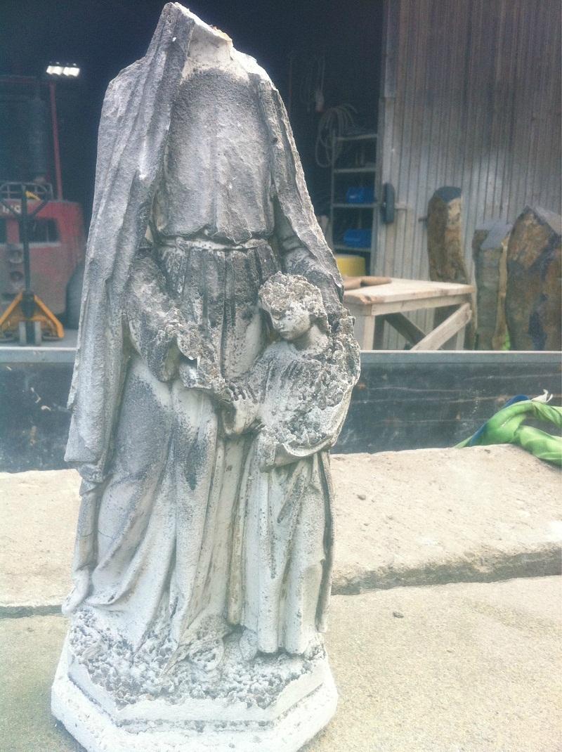 Steinreinigung im Denkmalschutz: Reinigen von Statuen, Ornamenten, Denkmal