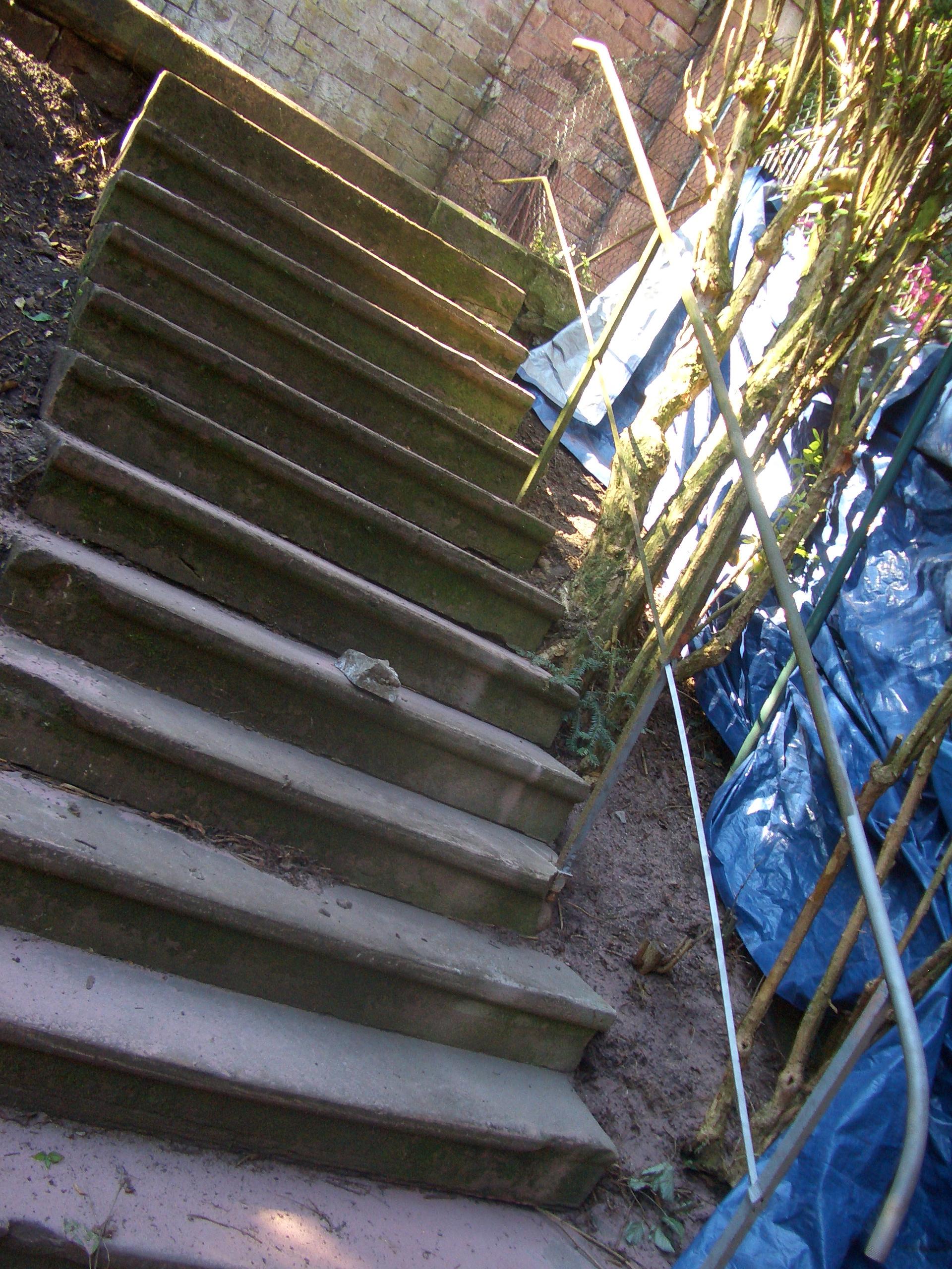 Treppengeländer Reinigung – Vorher Nachher