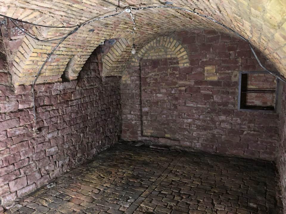 Gewölbekeller Sandsteinkeller reinigen renovieren