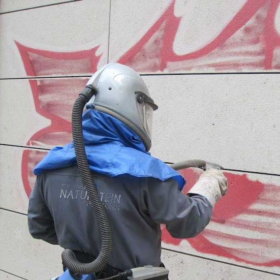 Graffiti entfernen & Graffitischutz