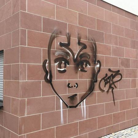 Fassadenreinigung: Sandstein reinigen & Graffiti entfernen