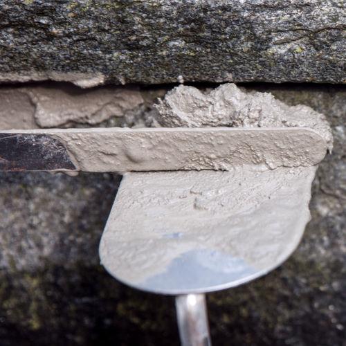Naturstein Backstein verfugen | Mörtel Natursteinmörtel | Fugen ausbessern